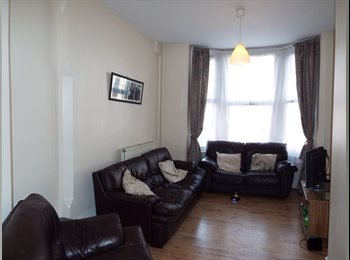 EasyRoommate UK - 5 Bedroom Student Flat - Great Location!, Nottingham - £302 pcm