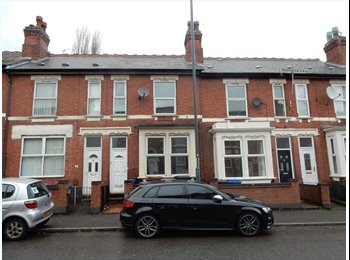 EasyRoommate UK - Superb newly refurbished house located on Walbrook Road, Derby, Pear Tree - £260 pcm