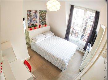 EasyRoommate UK - Avail. Sept '17: Rare Ensuite Room in Soho & Roof Terrace, Soho - £1,400 pcm