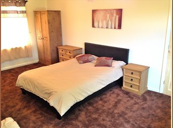 EasyRoommate UK - Massive Double Room **NO FEE** **ROLLS ROYCE**, Alvaston - £395 pcm
