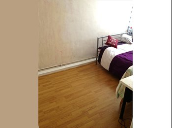 EasyRoommate UK - Large Double Room Available; Rent: £550; Location: Limehouse, Ratcliff - £550 pcm