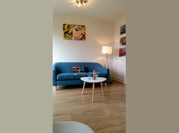 EasyRoommate UK - Spacious DOUBLE for young professional, Barnsley - £375 pcm
