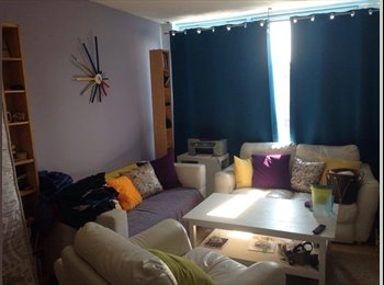 EasyRoommate UK - Mr Davide Russo, Cubitt Town - £760 pcm