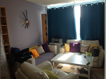 EasyRoommate UK - Amazing huge double room, Cubitt Town - £760 pcm