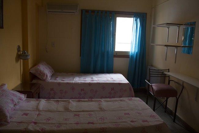 Habitacion en alquiler en Córdoba - Alquilo Hab, residencia señoritas desde $3000 | CompartoDepto - Image 1