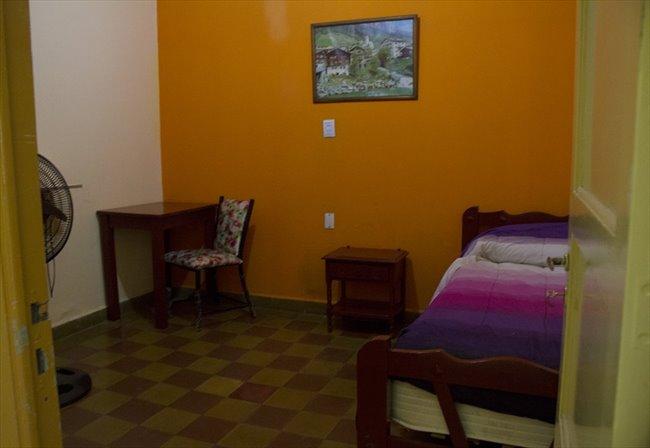 Habitacion en alquiler en Córdoba - Alquilo Hab, residencia señoritas desde $3000 | CompartoDepto - Image 3