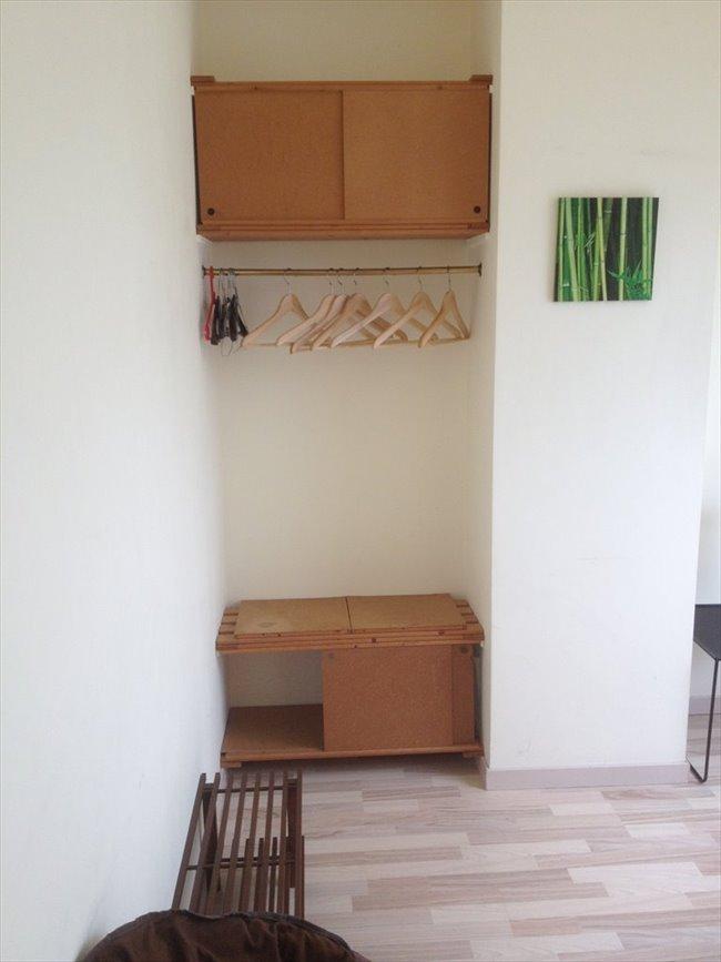 Colocation à Braine-l'Alleud - 1 chambre sympa et SDD ds maison privée avec coin restauration non fumeur  | Appartager - Image 5