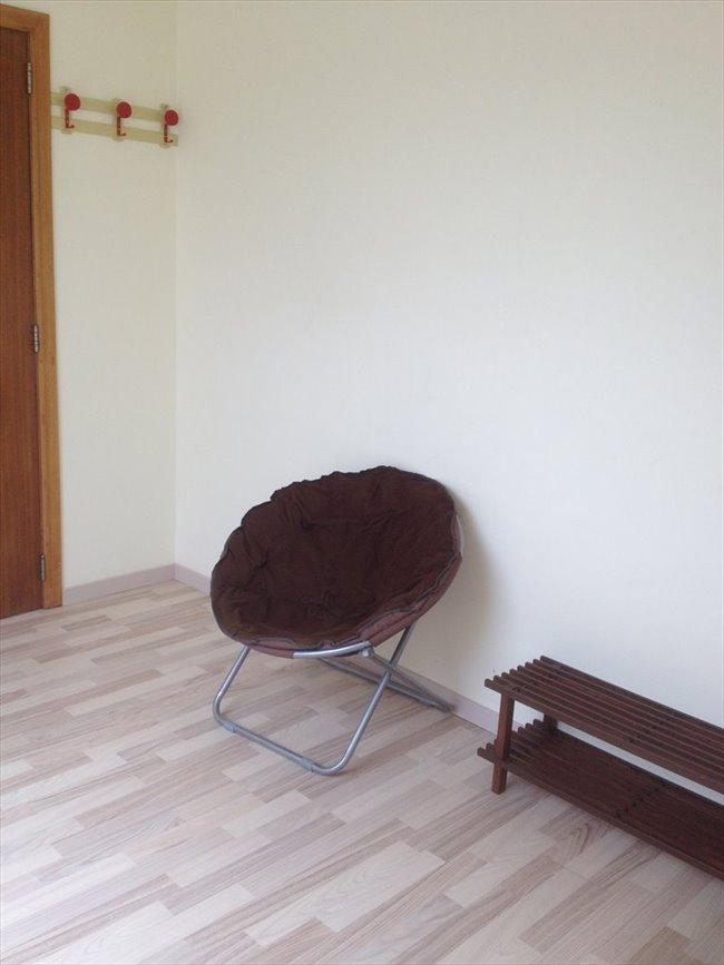 Colocation à Braine-l'Alleud - 1 chambre sympa et SDD ds maison privée avec coin restauration non fumeur  | Appartager - Image 7