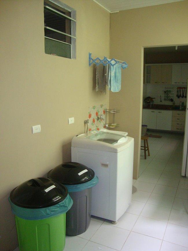 Aluguel kitnet e Quarto em Curitiba - Temos um quarto vago | EasyQuarto - Image 6