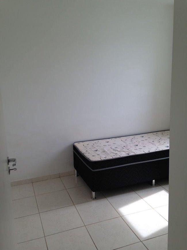 Aluguel kitnet e Quarto em Belo Horizonte - ALUGO QUARTO Individual - p/mulher - Ambiente familiar  | EasyQuarto - Image 6