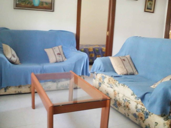 Piso Compartido en Valladolid - Alquilo habitacion (piso compartido) a estudiante | EasyPiso - Image 2