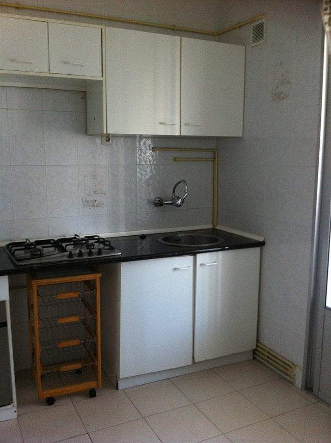 Piso Compartido en Valladolid - Alquilo habitacion (piso compartido) a estudiante | EasyPiso - Image 4