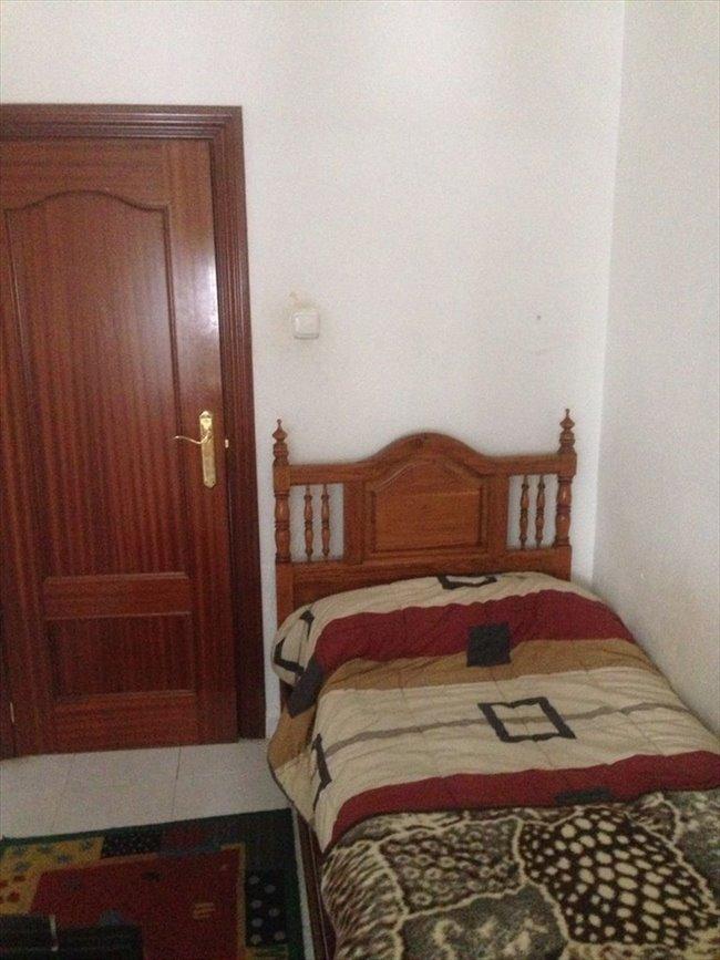 Piso Compartido en Valladolid - Alquilo habitacion (piso compartido) a estudiante | EasyPiso - Image 7