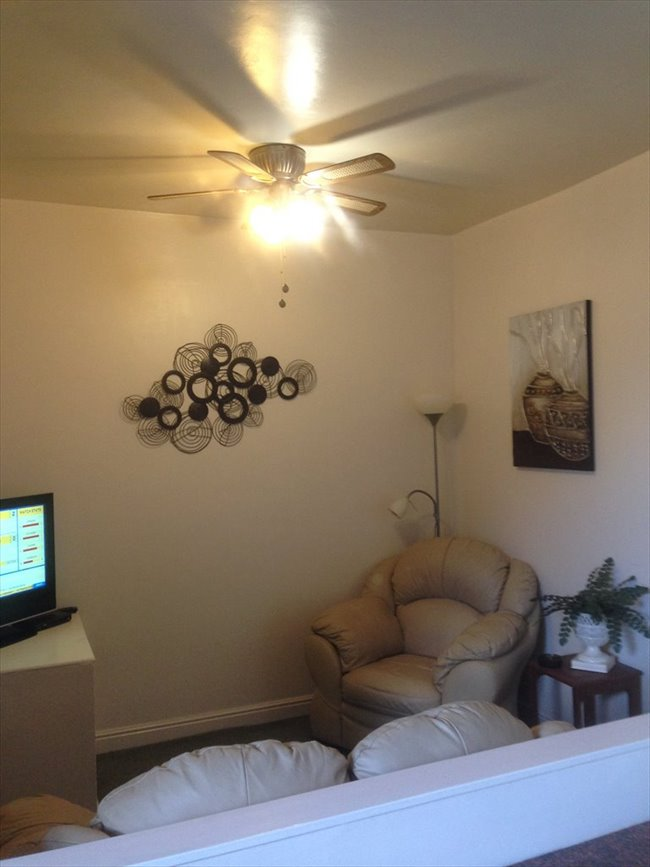 Room to rent in Marfleet - EXCELLENT  ROOM  WITH BILLS INCLUDED - Image 1