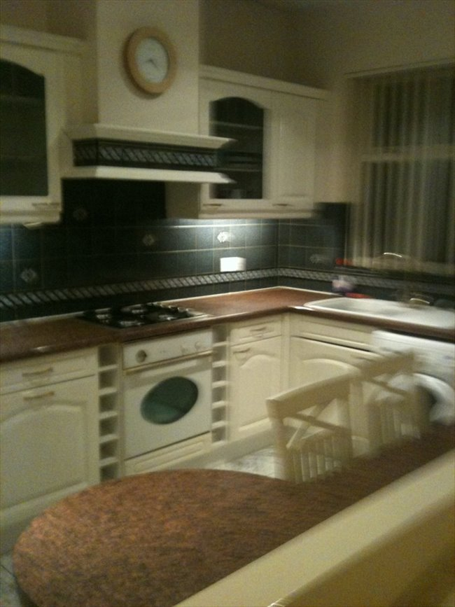 Room to rent in Marfleet - EXCELLENT  ROOM  WITH BILLS INCLUDED - Image 2