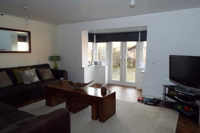Room to rent in Croxteth - Professional houseshare Kirkby - close to AIntree hospital - Image 6