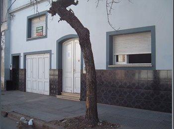 CompartoDepto AR - HABITACIONES P/UNIVERSITARIOS NACIONALES Y EXTRANJEROS -  Santa Fe, Santa Fe de la Vera Cruz - AR$ 2.700 pm