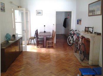 CompartoDepto AR - Alquilo cómoda habitación en barrio de categoría., La Plata - AR$ 5.000 pm
