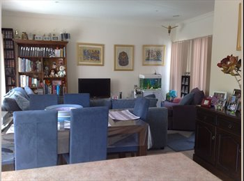 EasyRoommate AU - GREAT LOCATION, COMFORTABLE HOME, Furnished, no bills, Black Rock - $186 pw