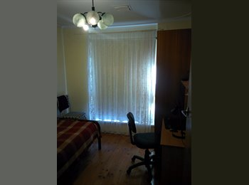 EasyRoommate AU - Rooms available in comfortable house in a nice area., Evandale - $150 pw