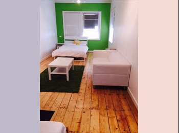 EasyRoommate AU - Room Available In Large Home Close To City, Blair Athol - $140 pw