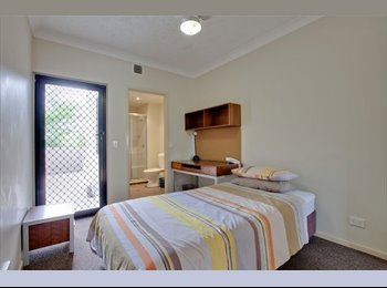 EasyRoommate AU - Discounted student room private bathroom, Robertson - $215 pw