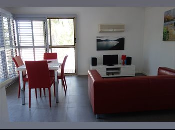 EasyRoommate AU - Karrinyup - Couple Only - $215 per week - All inclusive., North Beach - $215 pw
