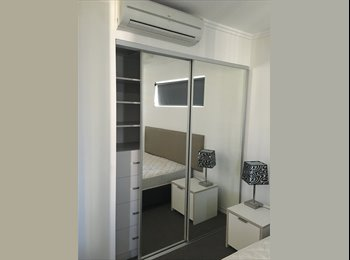 EasyRoommate AU - Room available for single person or couple!, Brisbane - $250 pw