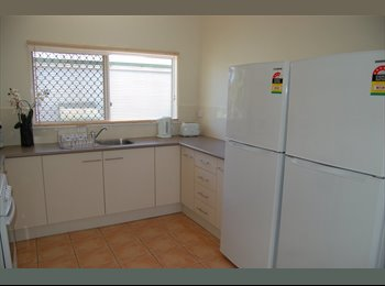 EasyRoommate AU - Twin super slashed price, Cairns - $140 pw