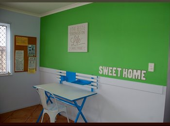 EasyRoommate AU - International student fun sharehouse, Cairns - $130 pw