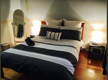 EasyRoommate AU - Humble Abode, Newstead - $250 pw