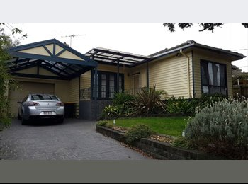 EasyRoommate AU - Massive Master BEDROOM WITH ENSUITE + Mirrored built in wardrobes, Lysterfield South - $230 pw