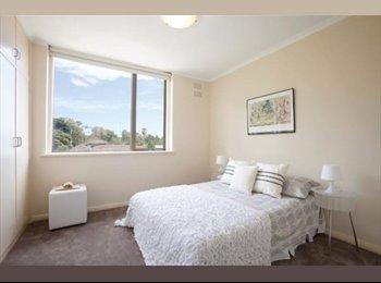EasyRoommate AU - Beautiful light room, Kew - $220 pw