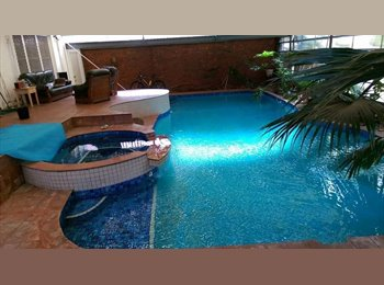 EasyRoommate AU - Large room available in house w/ Indoor pool/sauna/spa, Riders esp welcome!, Forest Hill - $160 pw