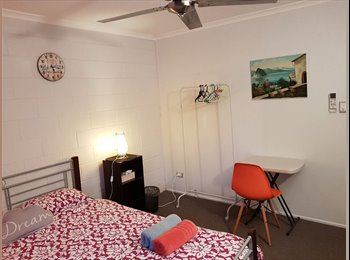 EasyRoommate AU - Furnished room near CBD: $160/week all bills inc, Mackay - $160 pw