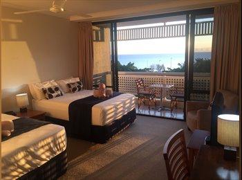 EasyRoommate AU - Oceanfront studio, Cairns - $600 pw