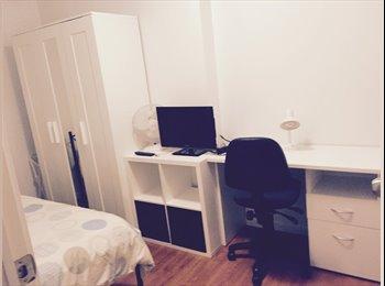 EasyRoommate AU - Room in Kew - close to CBD, Kew - $230 pw