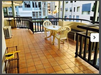 EasyRoommate AU - SHAREDROOM AVAILABLE IN Spring hill  $160 per week, Spring Hill - $160 pw