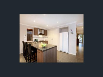 EasyRoommate AU - Flatmate, required - Beautiful room & homely environment. , Ravenhall - $170 pw