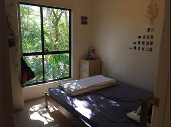 EasyRoommate AU - Cozy unit in Southport looking for a flatmate! , Southport - $123 pw