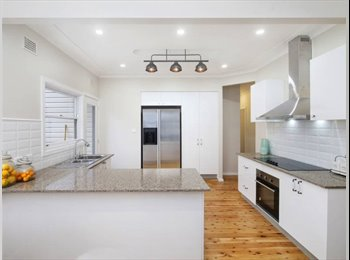 EasyRoommate AU - Clean, new, solid, Gosford - $200 pw