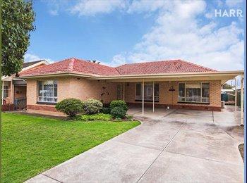 EasyRoommate AU - Large room for rent near Flinders Uni and Tonsley, Lynton - $150 pw