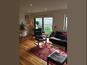 EasyRoommate AU - Cute Preston House seeks 1 nice person!, Preston - $200 pw
