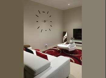 EasyRoommate AU - Fully Furnished Private Room , Laverton - $230 pw