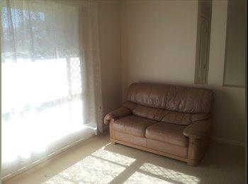 EasyRoommate AU - Room in quiet area , Woodridge - $150 pw