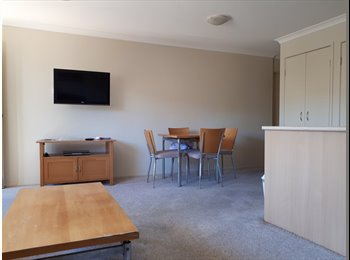 EasyRoommate AU - Student flat with own bathroom close to Griffith University Gold Coast, Southport - $200 pw