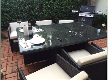 EasyRoommate AU - Single room available - awesome location in Prahran -  warm house!, Melbourne - $300 pw