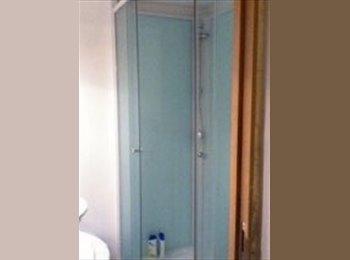 Appartager BE - A DÉCOUVRIR, BELLE CHAMBRE LUMINEUSE  A LOUER, Louvain-la-Neuve - 410 € pm