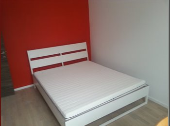 Appartager BE - Eburons red room, Bruxelles - 550 € pm