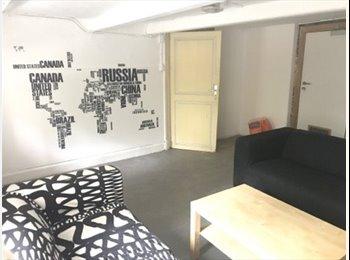 Appartager BE - AU CENTRE NAMUR grande chambre 18m2 , Namur - 400 € pm